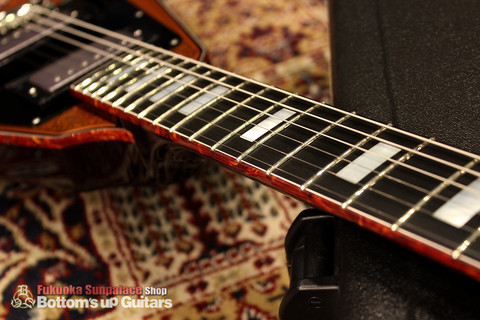 IHush_FV_SASORI_Binding.jpg IHush GuitarsのフライングVタイプ 蠍彫金