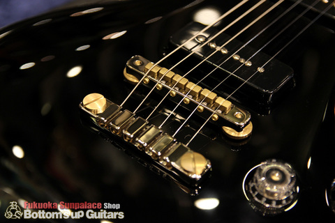 PRS_McCarty594_Soapbar_P90_Limited_Solid_Black_Bridge.jpg