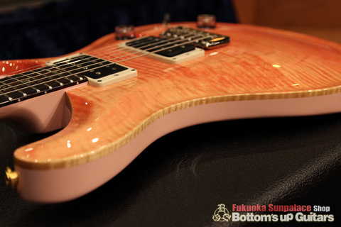 PRS_Custom24_RegularTop_KID_LTD_Bonnie_Pink_Binding.jpg